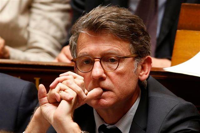 vincent peillon compte rester ministre s'il est élu député européen