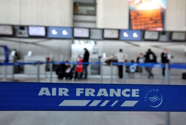 nombreuses annulations de vols en vue chez air france avec la grève des pilotes