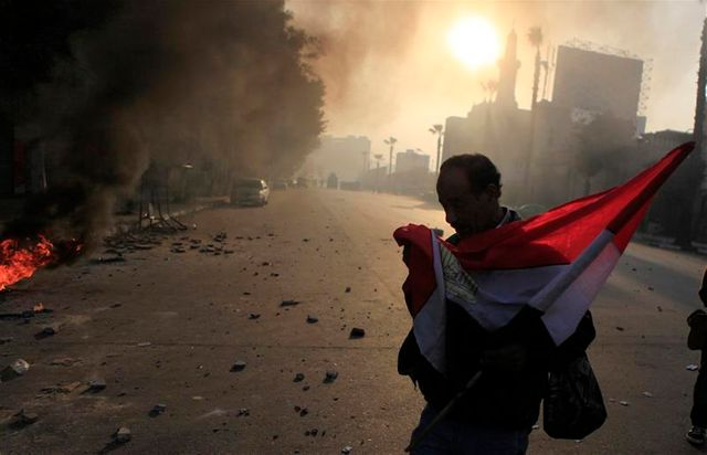 troisième anniversaire meurtrier pour la révolution en egypte