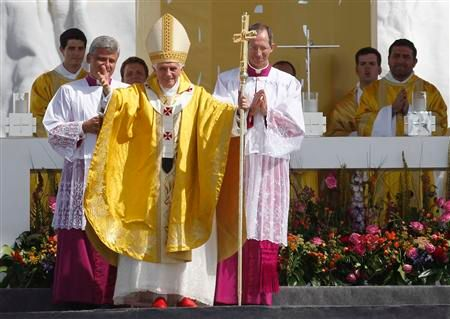le pape appelle les jeunes à diffuser la parole de l'évangile