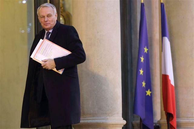 jean-marc ayrault sonne la mobilisation générale pour la croissance et l'emploi
