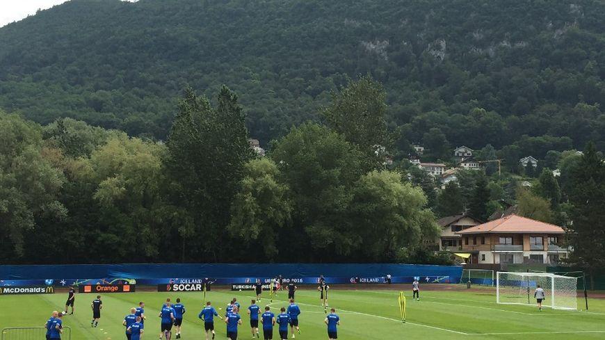 L'équipe d'Islande à l'entrainement ce matin à Annecy-le-Vieux.