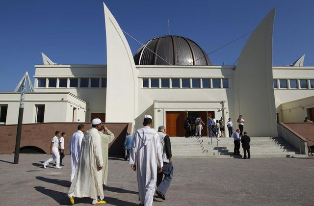 début du ramadan en france mercredi sous un climat de confusion