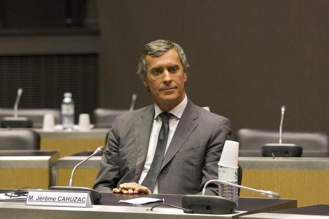 débats au sein de la commission cahuzac sur le rôle de françois hollande