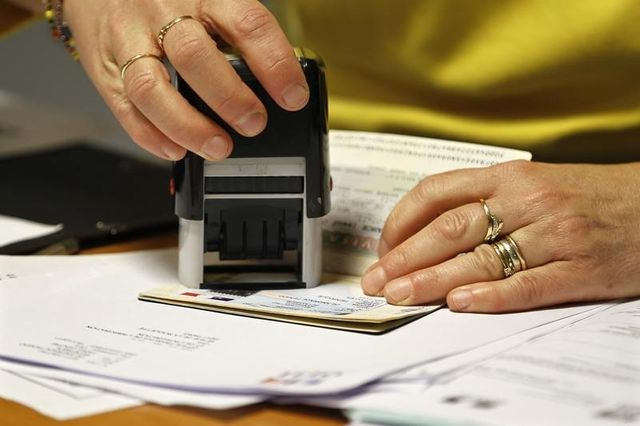 un réseau de faux papiers pour immigrés démantelé