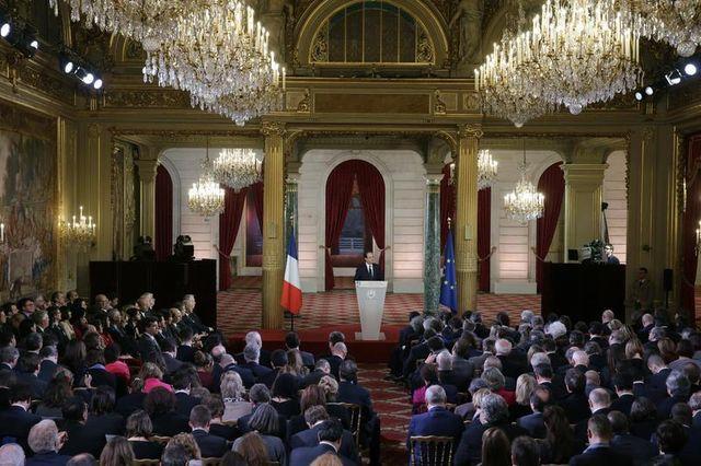 réactions contrastées au tournant social-démocrate de françois hollande