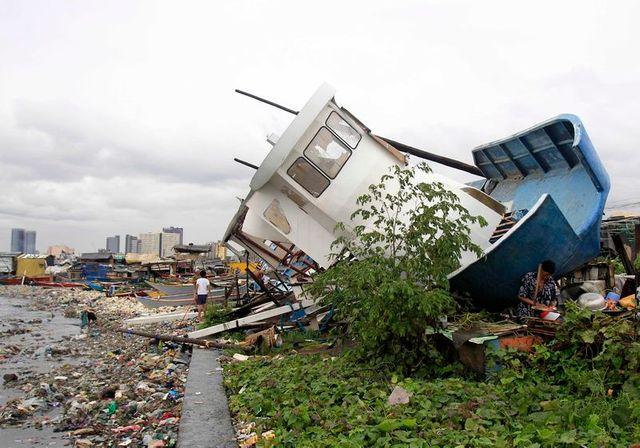 au moins dix morts lors du pasage du typhon rammasun sur les philippines