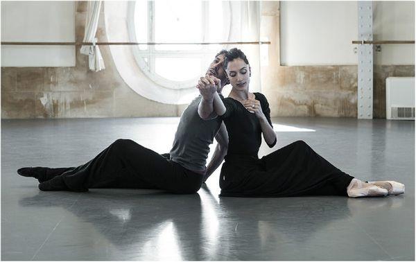 Deux magnifiques Etoiles du Ballet de l'Opéra de Paris, Dorothée Gilbert et Mathieu Ganio... © James Bort