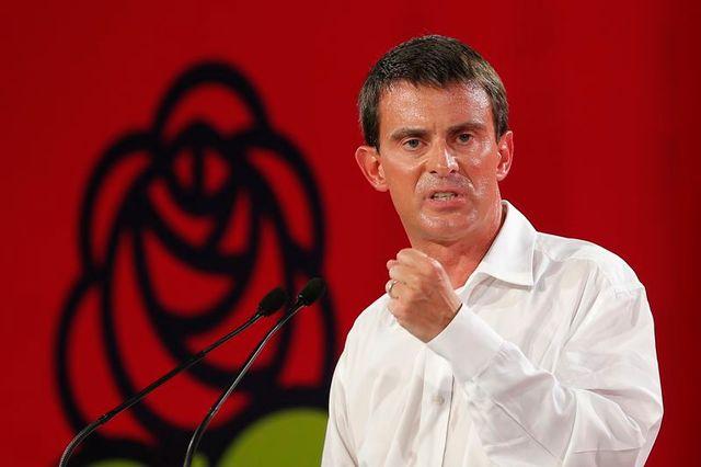 manuel valls tente de redonner un cap à des socialistes déboussolés