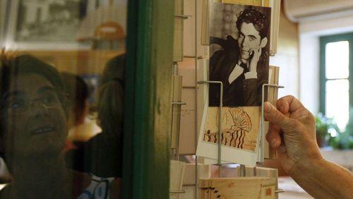 """Épisode 8 : Federico Garcia Lorca : """"L'Espagne se servait de ses mélodies les plus tristes pour imprégner le premier sommeil de ses enfants"""""""