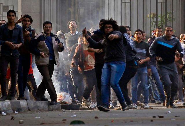 violences à l'occasion du 3e anniversaire de la révolution en égypte