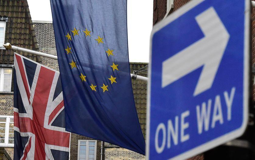 """L'Union Jack (crée en 1603) et l'""""Union flag"""" européen"""