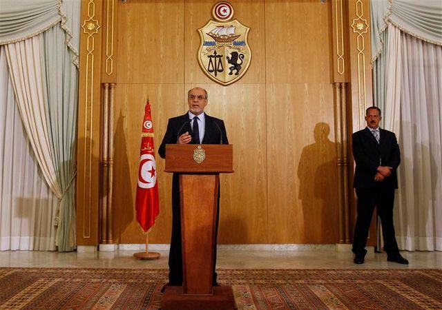 le premier ministre tunisien a démissionné