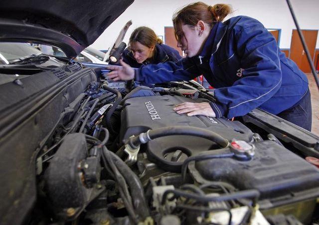 le travail des femmes n'est toujours pas légitime en france