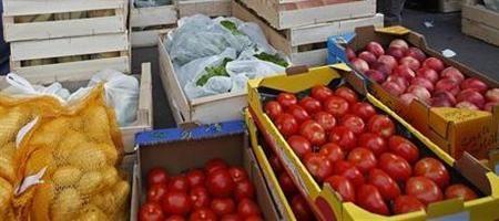 bruno le maire présentera en septembre des mesures pour les producteurs de fruits et légumes