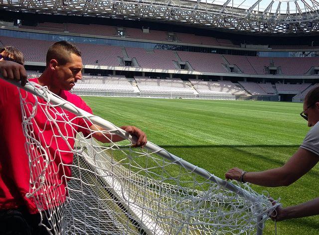L'entreprise Marty Sports met aux normes les buts de l'Allianz Riviera.