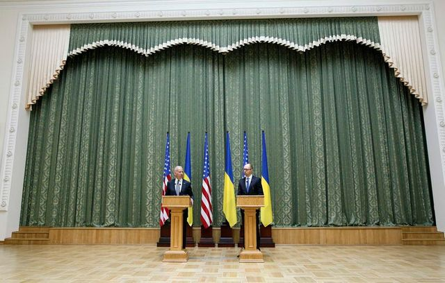 u.s. vice president joe biden and ukraine's prime minister arseny yatseniuk attend a media briefing in kiev