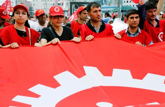 les syndicats se joignent à la contestation en turquie