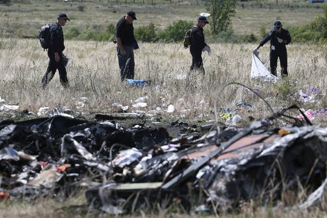 les experts sur le site du crash du vol mh17
