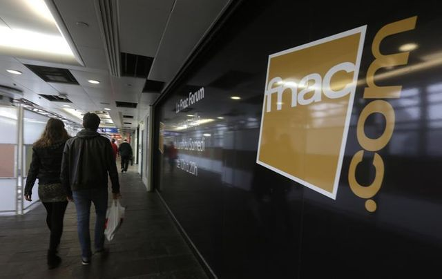 la fnac dément la suppression de 600 postes