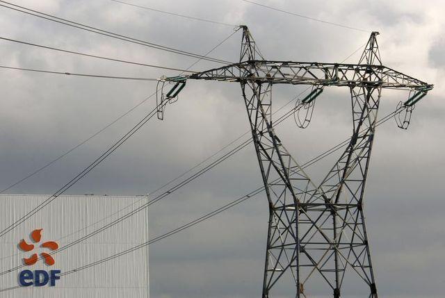 plus de 130.000 foyers privés d'électricité