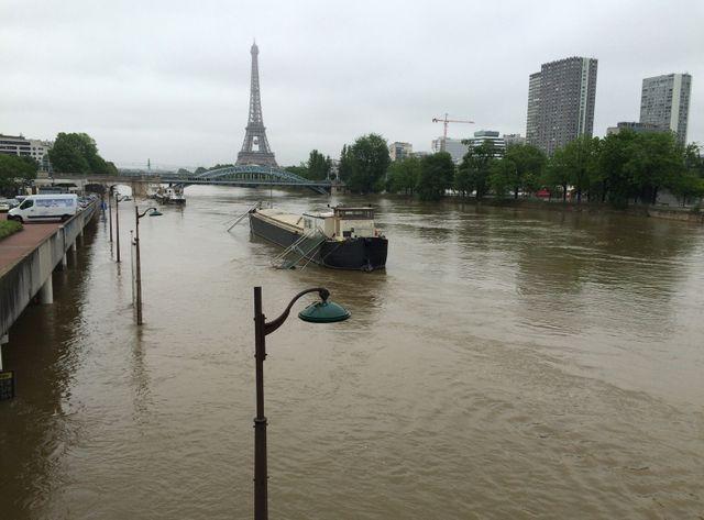 A Paris, la Seine devrait commencer sa décrue