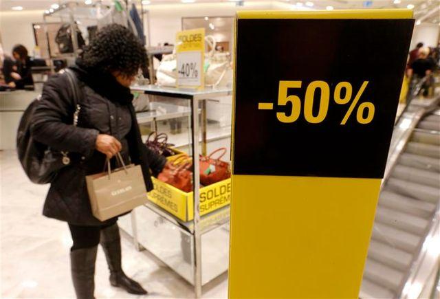 démarrage des soldes d'hiver dans une ambiance de faible consommation