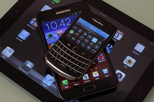 une taxe sur les smartphones et tablettes envisagée pour financer la création culturelle