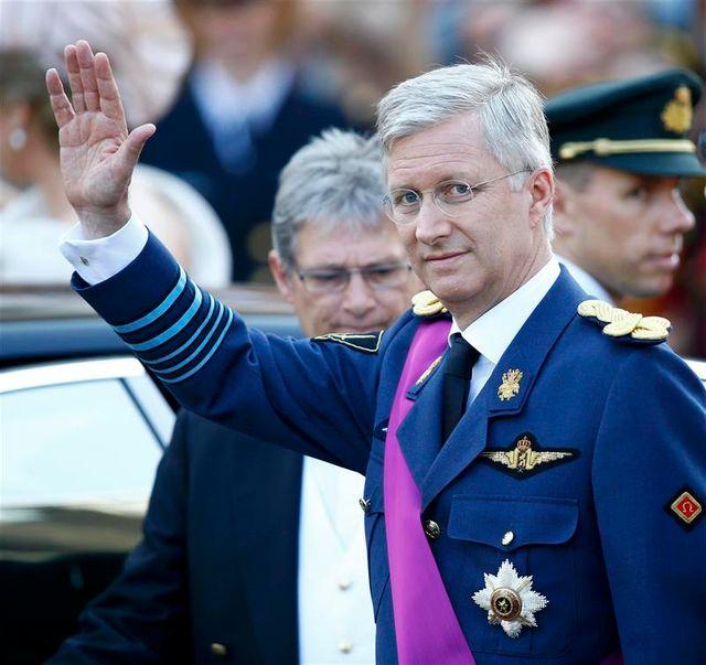 philippe, nouveau roi des belges dans un pays divisé
