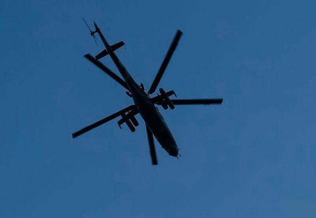 un hélicoptère de l'armée ukrainienne abattu, 14 morts