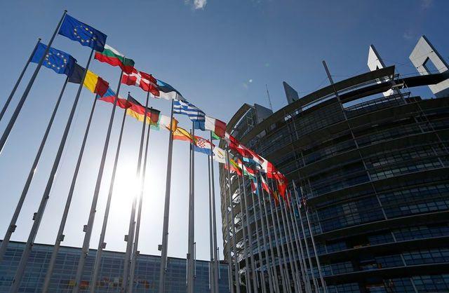 seulement 60% des français s'intéressent aux européennes