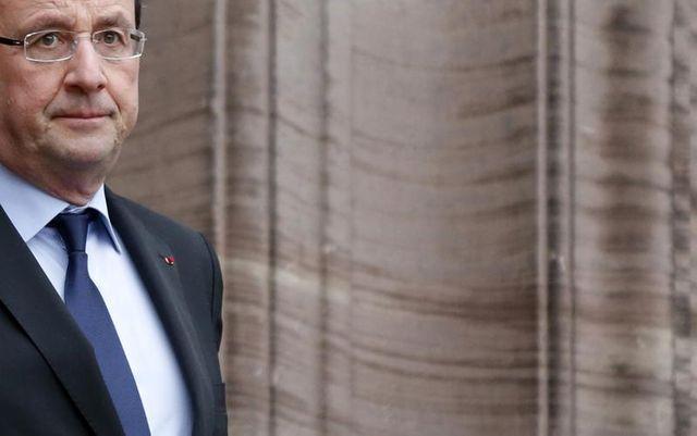 stabilisation de la cote de popularité de françois hollande selon ipsos