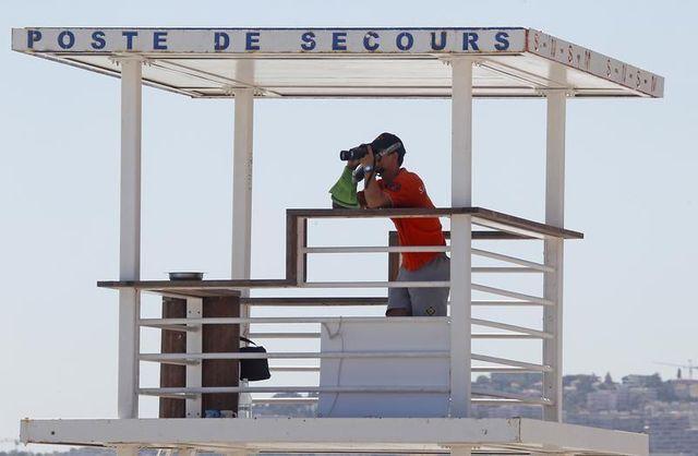 après une série de noyades, un syndicat de police réclame davantage de sauveteurs sur les plages