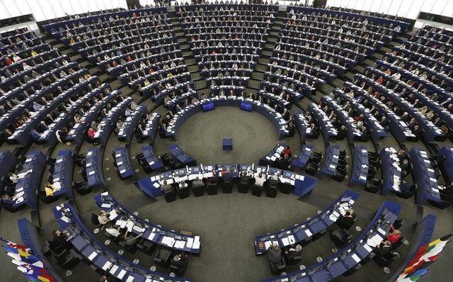un sondage crédite le centre droit de cinq sièges supplémentaires avant les européennes