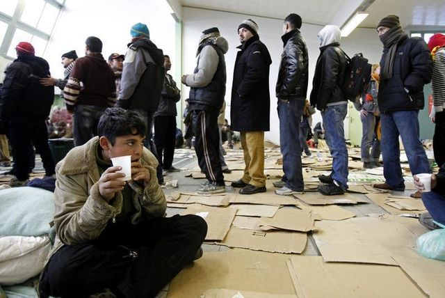 manuel valls pour une réforme du droit d'asile