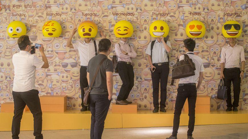 Smartphones 72 Nouveaux Emoticones Debarquent Cet Ete Et 1 500 Sur Facebook