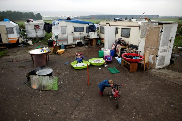 la fréquence des violences contre les roms a augmenté, selon amnesty