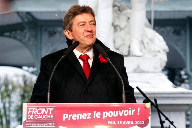 jean-luc mélenchon mise sur l'effondrement de la droite