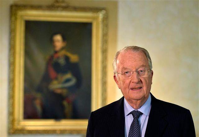 albert ii, roi des belges, va abdiquer le 21 juillet en faveur de son fils philippe