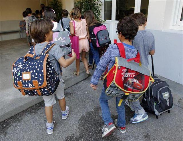 appel à la grève mardi dans les écoles primaires parisiennes