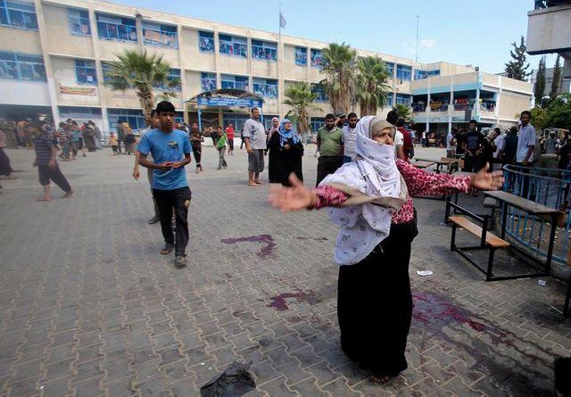 israël bombarde une école de l'onu à rafah, au moins 10 morts