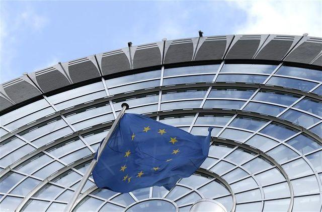 arnaud montebourg veut ouvrir le débat contre l'austérité en europe