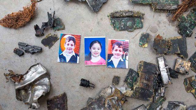 Photo des trois enfants tués lors du bombardement - Anne Paq/Activestills.org