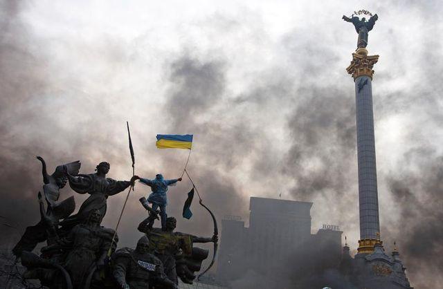 viktor ianoukovitch annonce une présidentielle anticipée et un gouvernement d'unité en ukraine