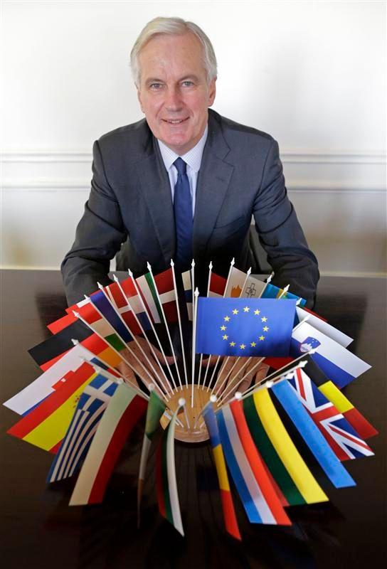 """michel barnier veut continuer à être """"utile"""" à l'europe"""