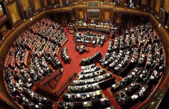 semaine décisive pour le gouvernement italien d'enrico letta