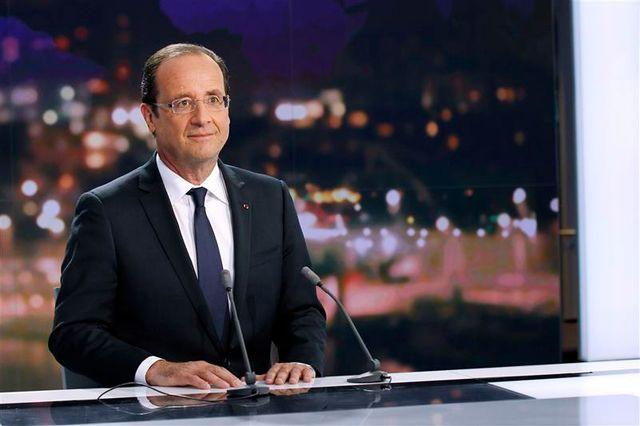 françois hollande souhaite une majorité large à l'issue des législatives