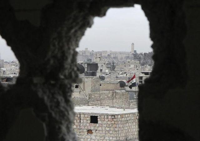 souad merah est vraisemblablement en syrie, d'après bernard cazeneuve
