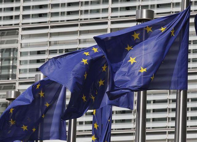 paris souhaiterait reporter les négociations commerciales entre bruxelles et les états-unis