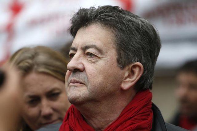 """le ps estime que le parti communiste doit se dissocier des """"outrances"""" de jean-luc mélenchon"""